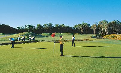2 World Class Golf Courses - Stay At Port Douglas Beach House - Port Douglas Holiday Accommodatio